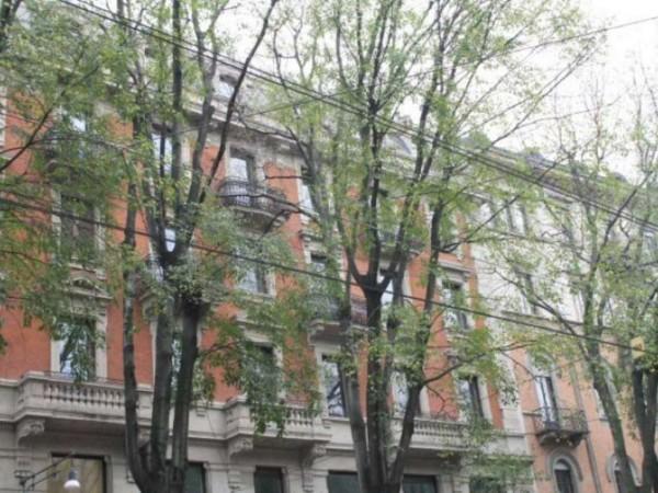 Ufficio in affitto a Milano, 350 mq