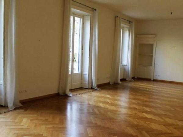 Appartamento in affitto a Milano, Con giardino, 300 mq