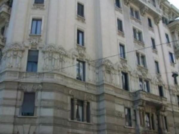 Ufficio in vendita a Milano, Corridoni, 190 mq
