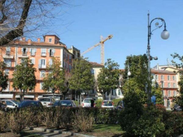Appartamento in vendita a Verbania, Intra, Con giardino, 250 mq - Foto 3