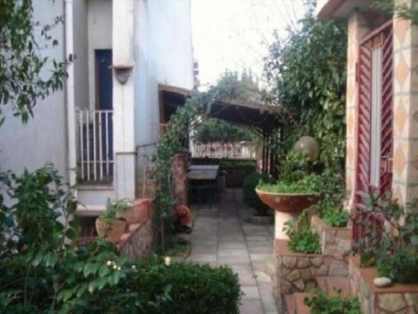 Casa indipendente in vendita a Somma Vesuviana, Via Napoli, 300 mq - Foto 2
