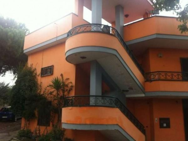Villa in vendita a Sant'Anastasia, Con giardino, 330 mq