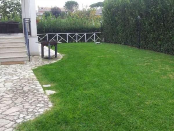 Villa in vendita a Roma, Valle Santa, Con giardino, 350 mq