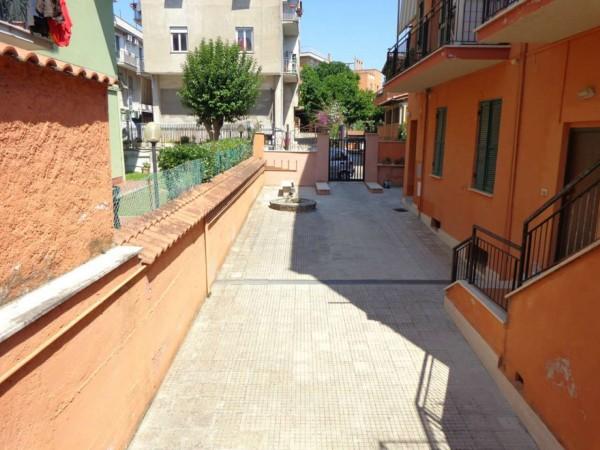 Appartamento in vendita a Roma, Montespaccato, 35 mq