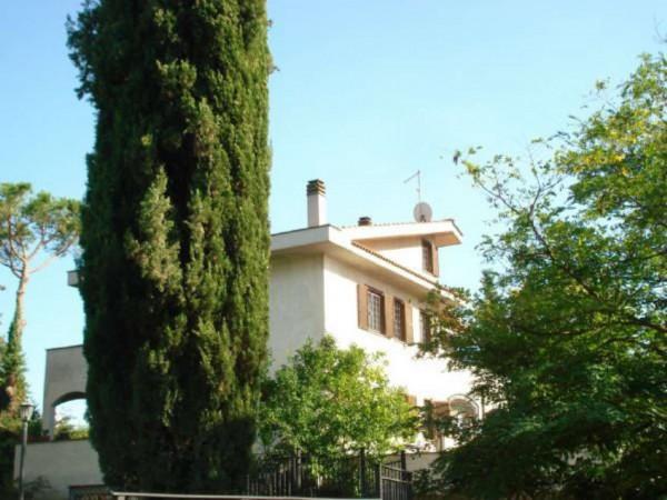 Villa in vendita a Roma, Casale San Nicola, Con giardino, 310 mq