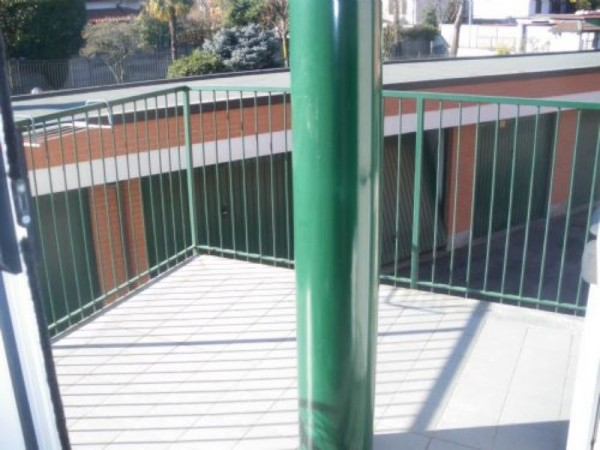 Appartamento in vendita a Casorezzo, Centrale, Arredato, 50 mq - Foto 4