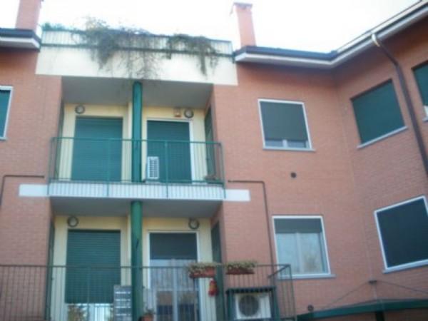 Appartamento in vendita a Casorezzo, Centrale, Arredato, 50 mq