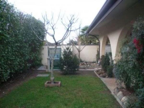Villa in vendita a Casorezzo, Semicentro, 420 mq - Foto 10