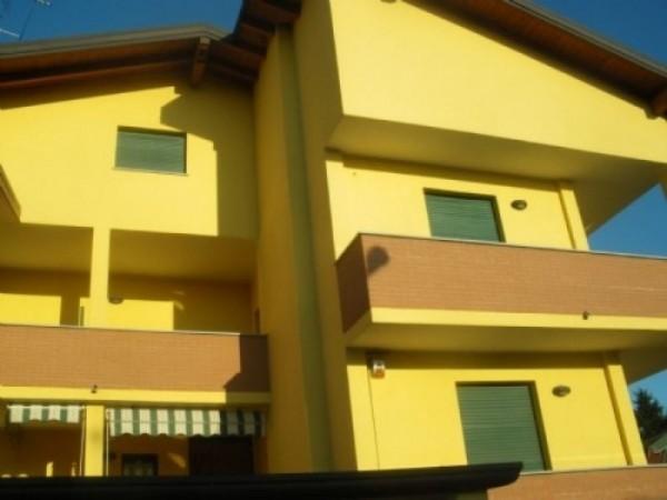 Appartamento in vendita a Casorezzo, 160 mq