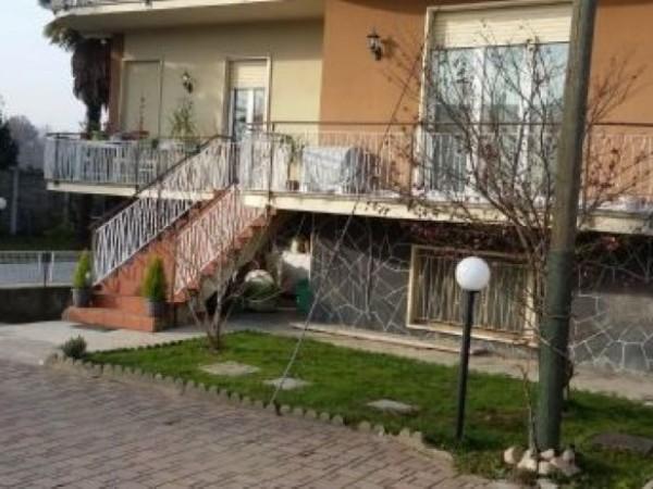 Villa in vendita a Magnago, Arredato, 224 mq