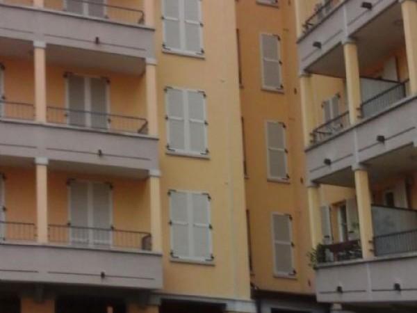 Appartamento in vendita a Busto Garolfo, Centrale, 98 mq