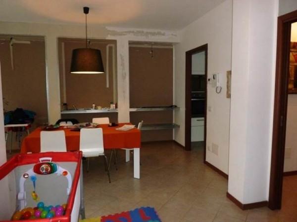 Villa in vendita a Cerro Maggiore, Semicentro, 190 mq
