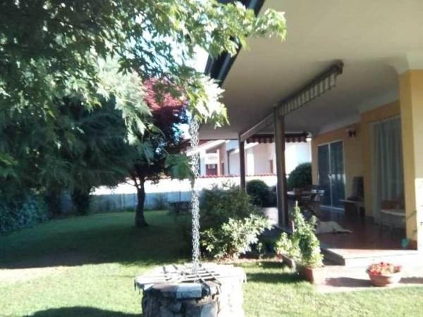 Villa in vendita a Inveruno, 379 mq