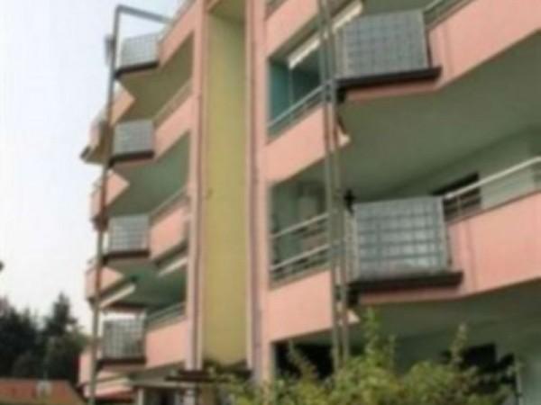 Appartamento in vendita a Magenta, 150 mq