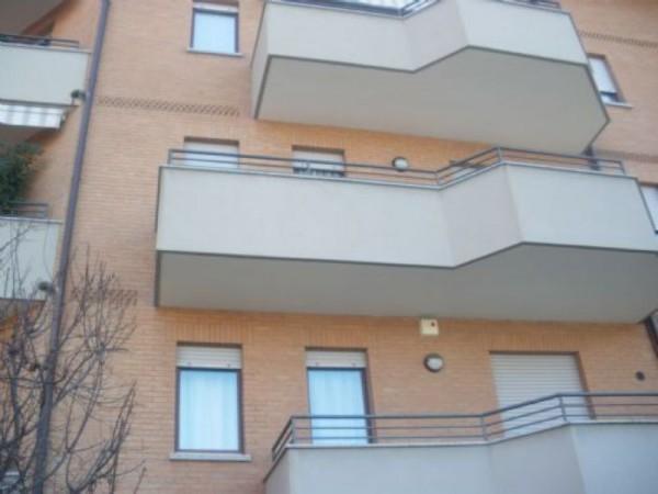Appartamento in vendita a Legnano, Oltre Stazione, 60 mq