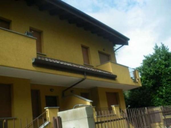 Villetta a schiera in vendita a Legnano, Legnarello, 210 mq