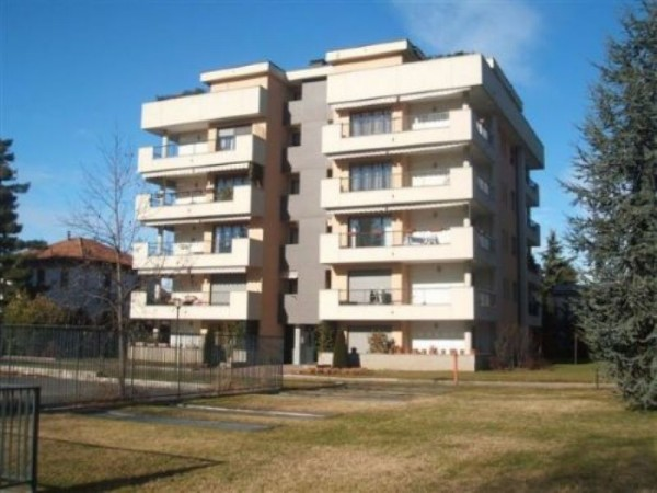 Appartamento in vendita a Legnano, Oltrestazione, 112 mq
