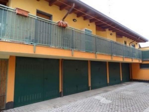 Appartamento in vendita a San Vittore Olona, Centrale, Arredato, 60 mq - Foto 2