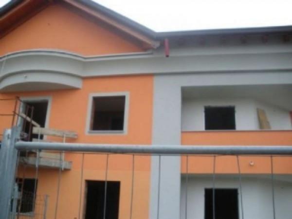 Appartamento in vendita a Ossona, 72 mq