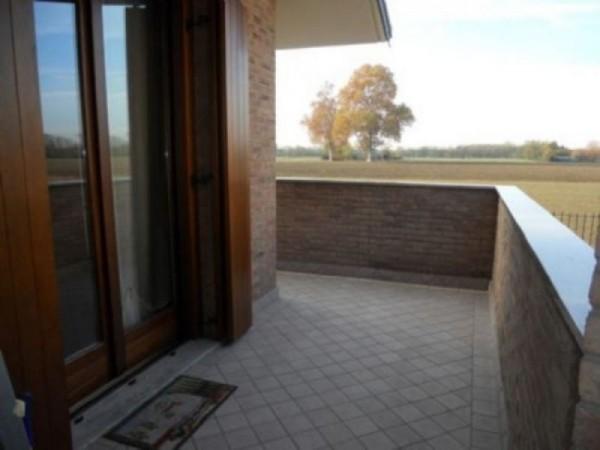 Villa in vendita a Parabiago, 280 mq - Foto 2
