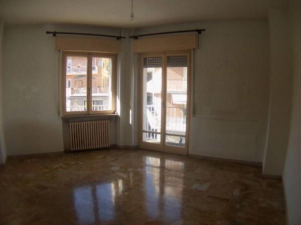 Ufficio in affitto a Perugia, Settevalli, 58 mq