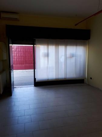 Negozio in affitto a Cesate, Stazione, 40 mq - Foto 8