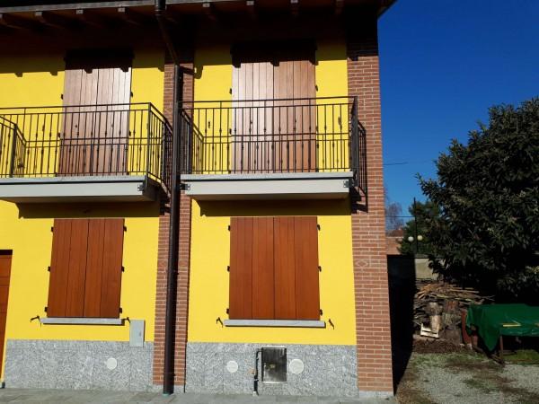 Casa indipendente in vendita a Garbagnate Milanese, Centro, 110 mq