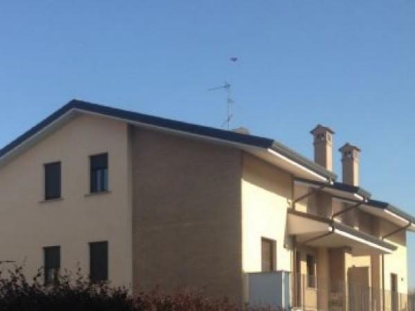 Appartamento in vendita a Vanzago, Periferica, 160 mq