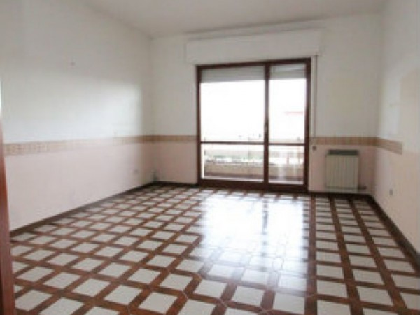 Appartamento in vendita a Carosino, Centrale, 95 mq