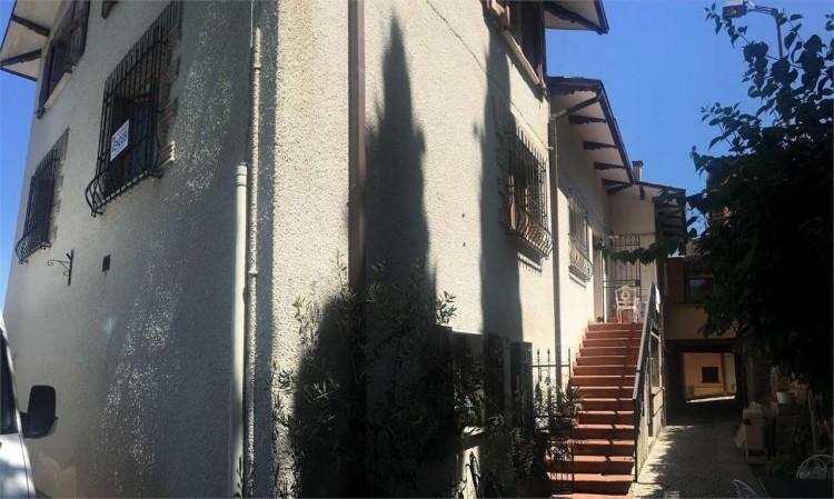 Appartamento in vendita a Gualdo Tadino, Con giardino, 135 mq - Foto 37