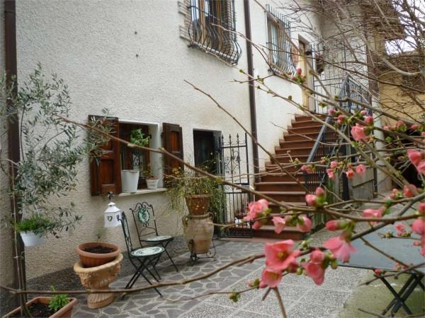 Appartamento in vendita a Gualdo Tadino, Con giardino, 135 mq - Foto 6