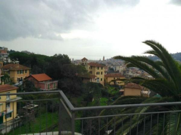 Appartamento in vendita a rapallo centrale con giardino for Giardino 90 mq