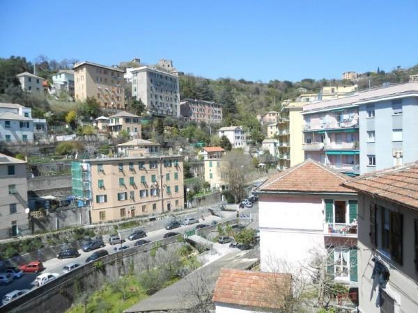 Appartamento in vendita a Genova, San Martino, Arredato, con giardino, 75 mq