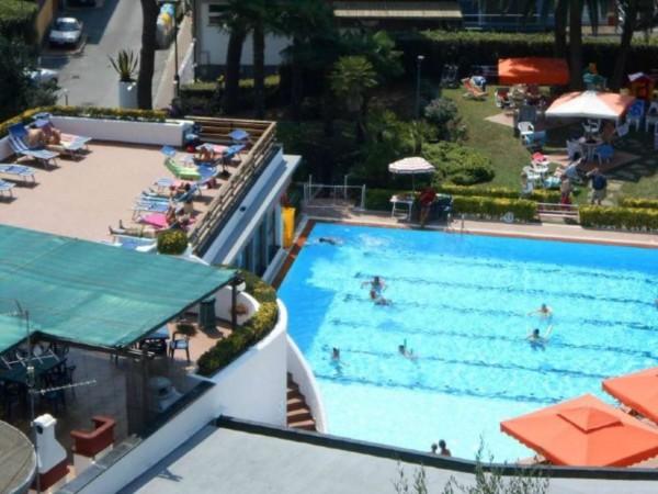 Appartamento in vendita a Rapallo, Impianto Sportivo/piscina, Arredato, con giardino, 50 mq - Foto 3