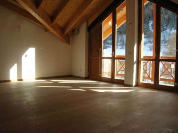 Villa in vendita a Ponte di Legno, Vicino Al Centro, Con giardino, 303 mq