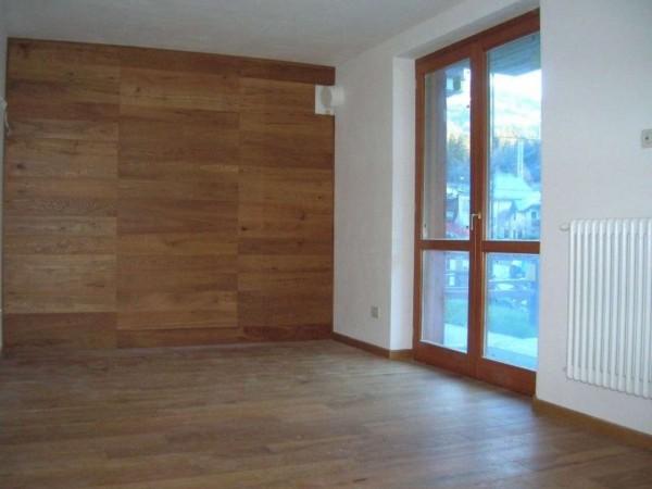 Appartamento in vendita a Ponte di Legno, 69 mq