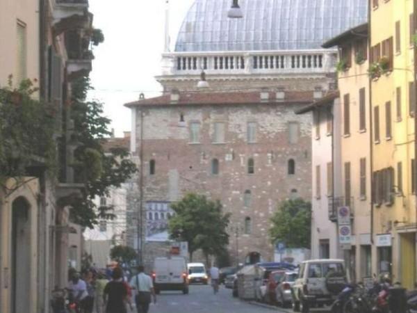 Casa indipendente in vendita a Brescia, Centro Storico, 320 mq - Foto 3