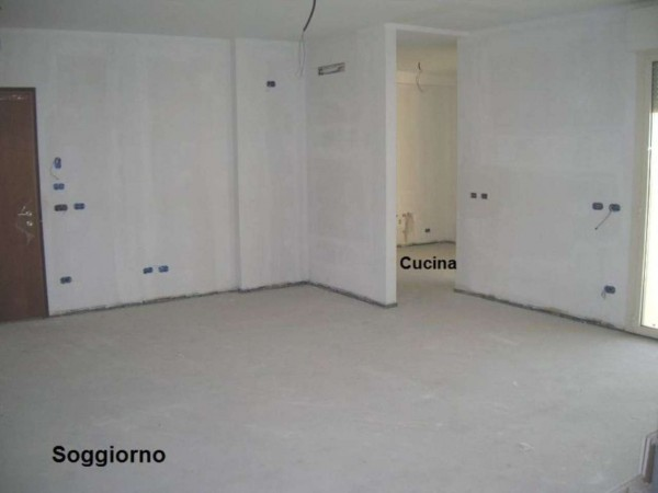 Appartamento in vendita a Brescia, 200 mq