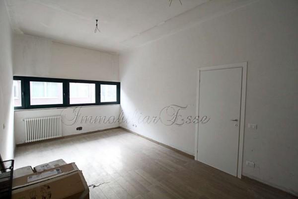 Appartamento in vendita a Milano, Bazzi Spadolini, Arredato, con giardino, 56 mq