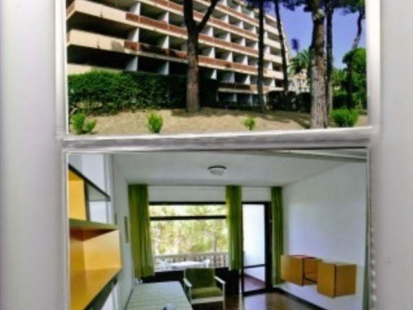 Appartamento in vendita a Livorno, Arredato, con giardino, 55 mq