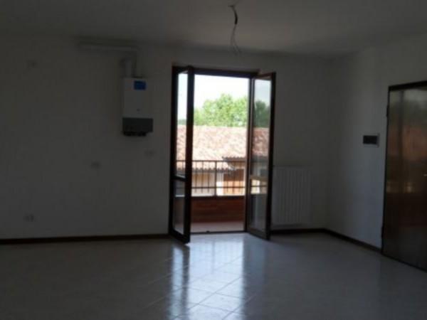 Appartamento in vendita a Borghetto Lodigiano, 90 mq - Foto 2