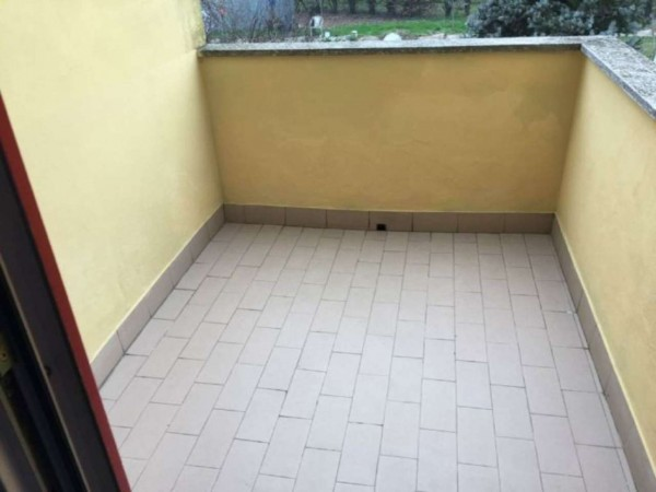 Villetta a schiera in vendita a Ossago Lodigiano, Con giardino, 130 mq - Foto 4