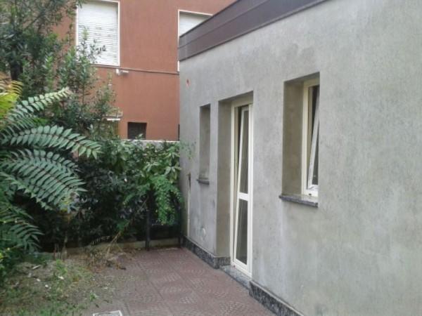 Appartamento in vendita a Lodi, Con giardino, 40 mq