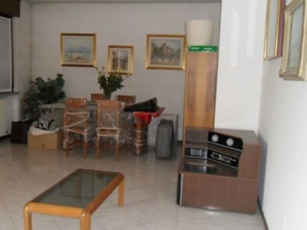 Appartamento in vendita a Lodi, Con giardino, 90 mq