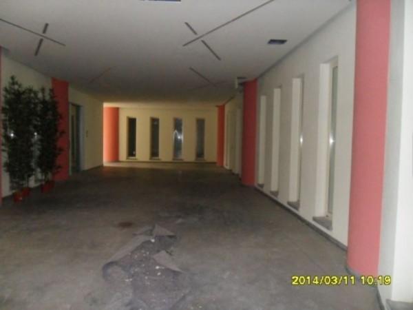 Appartamento in vendita a Lodi, Con giardino, 70 mq
