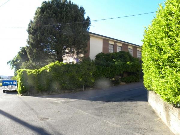 Villa in vendita a Renate, Centro, Con giardino, 460 mq