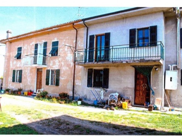 Casa indipendente in vendita a Sant'Agata Fossili, 69 mq