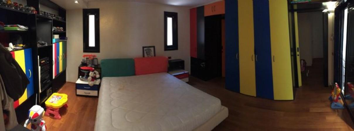 Villa in vendita a Vado Ligure, 425 mq - Foto 2