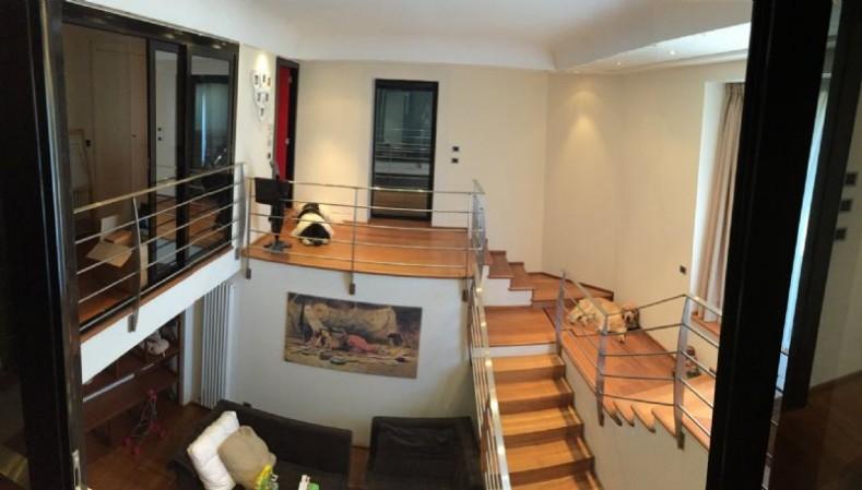 Villa in vendita a Vado Ligure, 425 mq - Foto 1