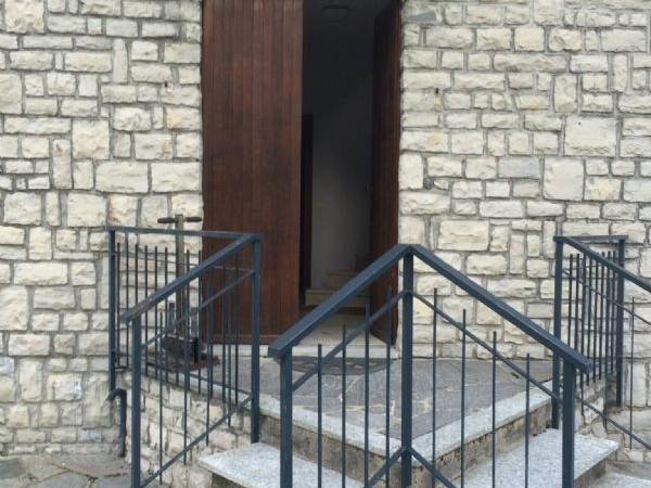Villa in vendita a Pellio Intelvi, 300 mq - Foto 2